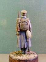 Рядовой пехотного полка в шинели (скульптор А. Яковлев)